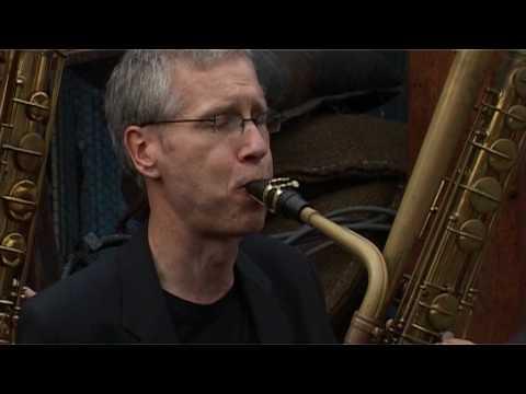 DEEP SCHROTT bass sax quartet