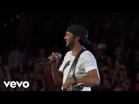 Luke Bryan - That's My Kind Of Night (Tour Video)