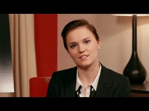Veronica Roth interview - YouTube