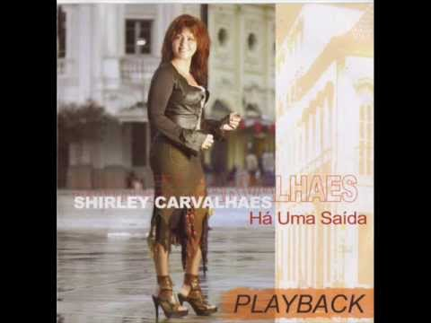 Baixar Shirley Carvalhaes - Este Deus é Demais (Playback)