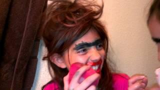 Make up with Rolanda and Yolanda