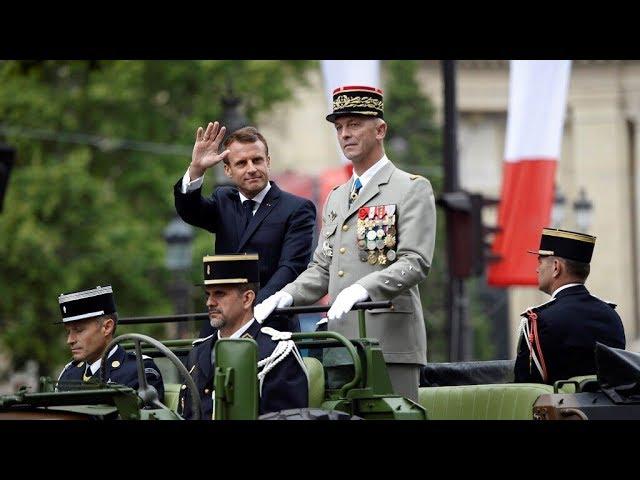 法國慶閱兵9國秀軍力 飛行滑板成亮點