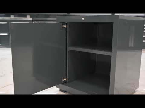 <p><strong>Workshop cabinet with left-hinged door</strong>&nbsp;mounted on guides that allow for entry inside the module once opened, thus allowing the operator to work with the door open without blocking the passageway.</p>