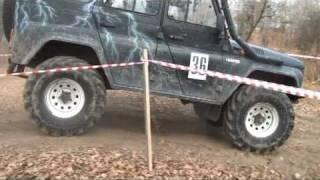 4x4 jeep dans la boue