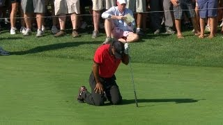 Tiger Woods drops to his knees in pain during final round of The Barclays