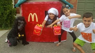 McDonalds Delivery to our Playhouse from Food Truck! Kids Pretend Play