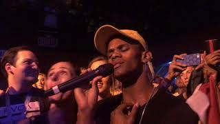 Jessie J let's fan sings and sings with her mouth closed @ Troubadour Los Angeles 10/27/17