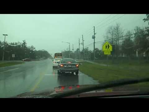 США Дождь Школьный Автобус и Слова Любви - Люблю Целую Береги себя 21.02.2014