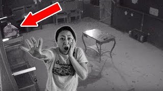 TRAPPED IN HAUNTED ABANDONED HOUSE!! 😱