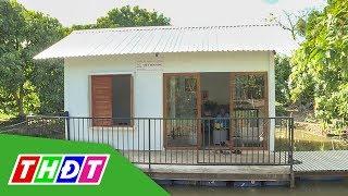 Độc đáo ngôi nhà nổi trên mặt nước | THDT