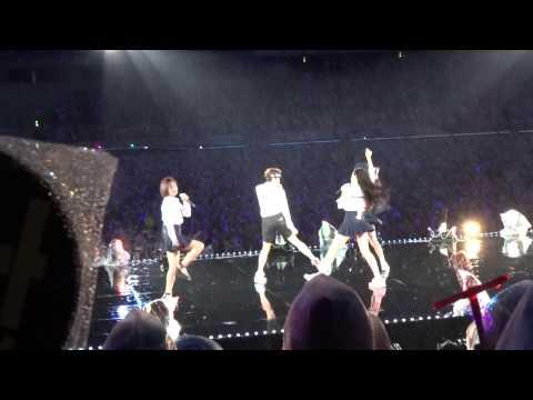 【HDFANCAM】141005 f(x) 에프엑스 첫 사랑니(Rum Pum Pum Pum) SMTOWN Tokyo 2014 Crystal