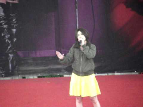 0220 楊丞琳十年有丞台北簽唱會 偏食