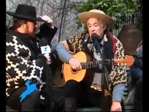 Orlando Vera Cruz canta El agua que la visita en Fiesta Gaucha (1ra parte)