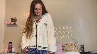 Unboxing my Folklore Cardigan and CD