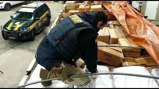 PRF apreende carga ilegal avaliada em um milhão de reais na BR 293, em Pinheiro Machado