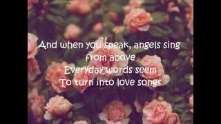 la-vie-en-rose-lyrics-daniela-andrade-cover.jpg