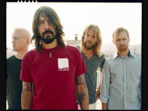 Walking After You - Foo Fighters (Coolest Acoustic Version)