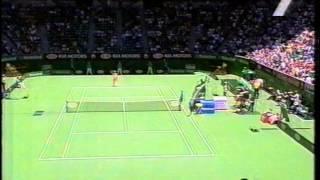 Venus vs Hantuchova 2003 AO Quarterfinal