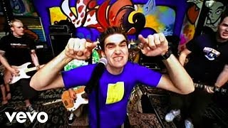New Found Glory - Hit Or Miss (Official Video)