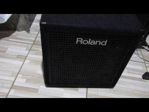 video Roland KC-400 Stereo Mixing Keyboard Amplifier