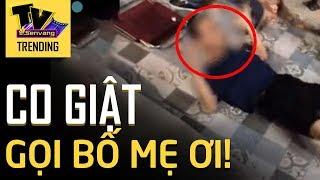 Nam thanh niên đột nhiên co giật, lăn lộn gào thét tên ba mẹ giữa quán cà phê Hà Nội