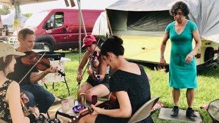 Oldtime fiddlers Amy Alvey & Brad Leftwich - Mt Airy jam with buckdancer - 2017