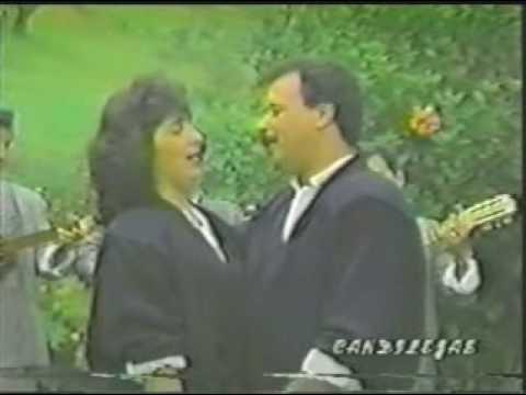 SIGAMONOS AMANDO Claudia y posada