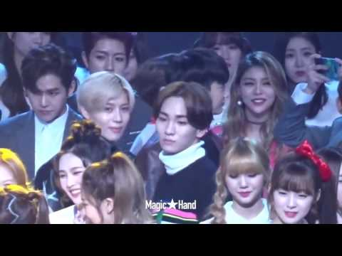 SHINee and Red Velvet Interactions + Moments   Part 1