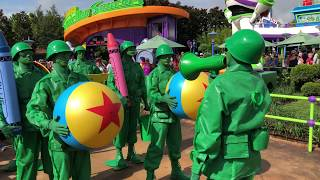 """Green Army Men - """"Sarge Says"""" in Toy Story Land"""
