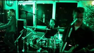 Bekijk video 4 van Shuffle op YouTube