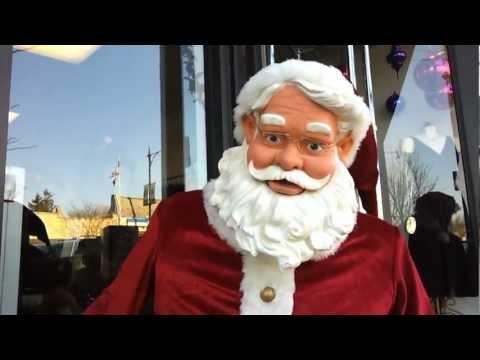 Santa Waits for a Ho, Ho, Ho.