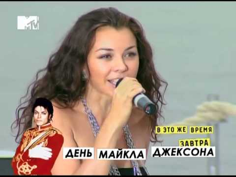 Игра Слов - На банане [MTV Beach Party'10].mp4