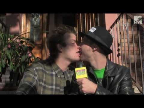 Mac Demarco Kisses World's #1 Blogger / interview | Weird Vibes Ep13