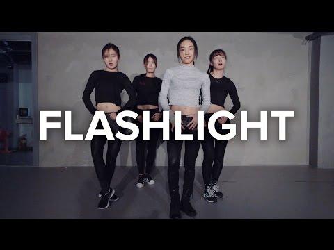 FlashLight - Jessie J / May J Lee Choreography