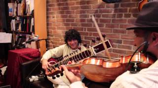 Sultans Of String - Sultans of String with Anwar Khurshid EPK - SUBCONTINENTAL DRIFT
