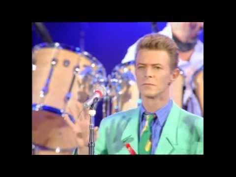 Baixar Queen + David Bowie & Mick Ronson - Heroes (at The Freddie Mercury Tribute Concert)
