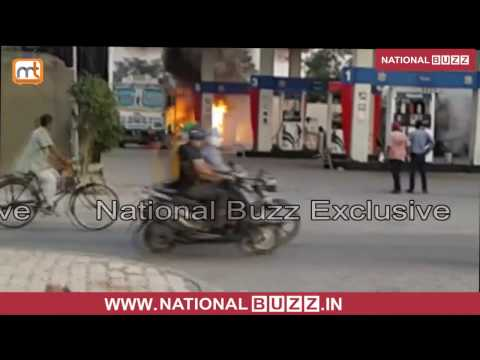 Breaking News - Truck Catches Fire On Petrol Pump