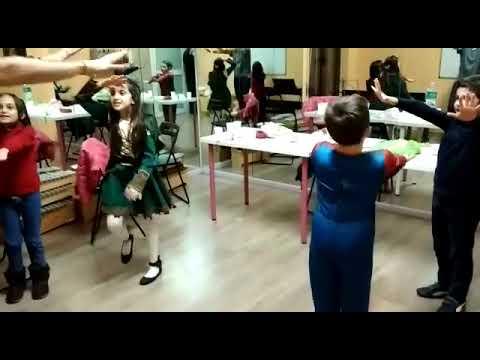 Video r0b5R9cxuBU