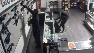 Smash and grab robbers loot Maryland gun store