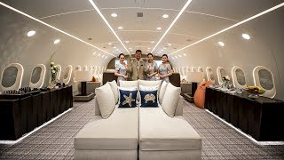 Inside The World's Only Private Boeing 787 Dreamliner!