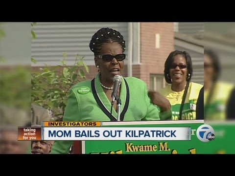 Mom bails out Kwame Kilpatrick
