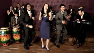 Cocoblue Salsa Band - La Bella