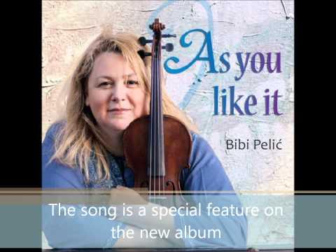 Bibi Pelic plays 'I Feel Pretty'