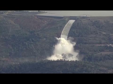 Oroville-Stausee: Kampf gegen den Dammbruch