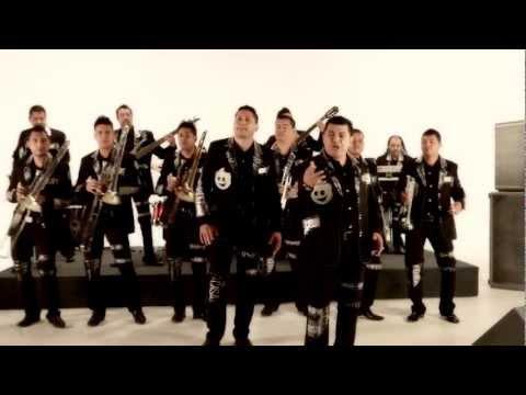 Lo sigues amando - Banda Pequeños Musical - video oficial