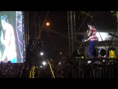 Baixar Luan Santana Expo Bauru 09/08/2014 - Garotas não merecem chorar + O Nosso Tempo é Hoje