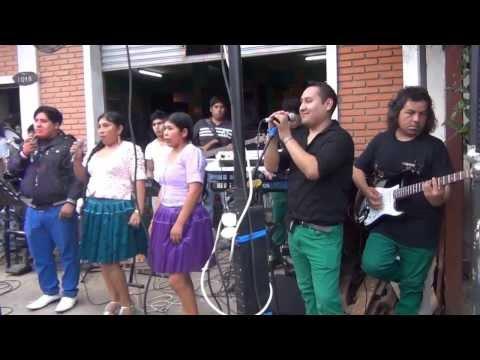 FLORA CORTEZ Y AGRUPACION HER BASS WALLUNCA 2013 bar urkupiña
