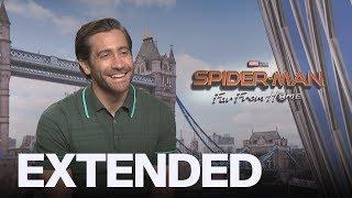Jake Gyllenhaal Backs Chris Hemsworth As 'Hottest' Avenger   EXTENDED