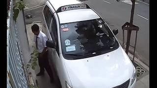 taxi đến