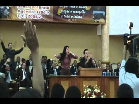 Jackson e Talita no congresso de missoes madureira de Anapolis 2011